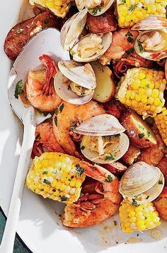 #salmon #seafood #salmonrecipes #salmondishes Salmon Dishes, Seafood Dishes, Fish And Seafood, Fun Cooking, Cooking Time, Dinner This Week, Foil Packets, Herb Butter, Butter Recipe