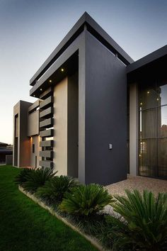 modern house design ideas 2019 Over the most recent years house designs have changed quite. Most new home owners like to opt for a more modern house designs, rather than traditional. Design Exterior, Facade Design, Modern Exterior, Black Exterior, Minimalist House Design, Minimalist Home, Modern House Design, Modern House Exteriors, Architecture Design
