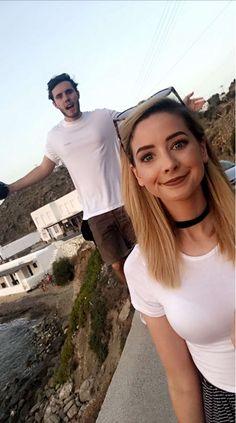 Zoe & Alfie