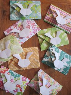 origami bunny envelopes! cute!