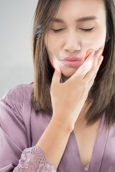 Are you experiencing pain and tenderness in your jaw area? Do you face difficulty in chewing? Do you experience problems when you try to open your mouth wide? You might be suffering from Temporomandibular joint disorder (TMD). Beauty Spa, Fun Workouts, Disorders, Lady