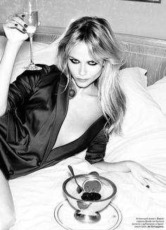 Natasha Poly by Ellen Von Unwerth for Elle Russia August 2012