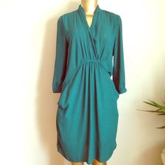 Amazing green dress with long sleeves Amazing green dress simply stunning Collective Concepts Dresses Midi