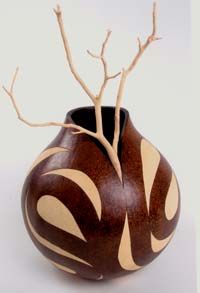 The Annual International Gourd Art Festival is the worlds largest festival of arts, craft, and gourds! Pottery Painting Designs, Decorative Gourds, Gourd Lamp, Painted Gourds, Africa Art, Wood Burning Art, Art Abstrait, Art Festival, Craft Items