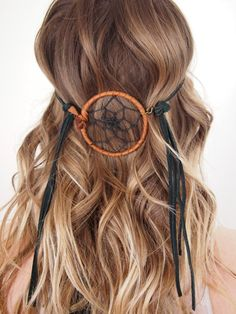Dreamweaver leather headband, Native American inspired, boho festival accessories on Etsy Dreads, Hippie Stil, Boho Stil, Boho Hairstyles, Pretty Hairstyles, Festival Accessories, Hair Accessories, Hair Dos, Your Hair