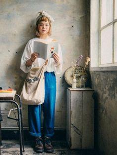 近年不時聽到日本古着一詞,「古着」是復古衣,帶有陳舊感的服裝風格。在日本買古着又平又特別,不過就給人一種很難搭配的感覺。看看日本女生的古着…