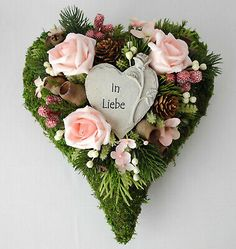 Grabschmuck, Grabgesteck Herz rose, Allerheiligen, Totensonntag, Gedenktag