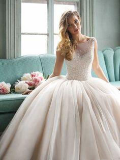 927dbc1cf65b6 Prenses Gelinlikleri, Balo Elbiseler, Balo Elbisesi, Gelinlik Ayakkabıları