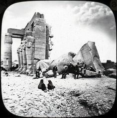 Ancient Egypt like you've never seen it before: 20 Rare Images of the Land of the Pharaohs Rare Images, Old Images, Old Pictures, Old Photos, Vintage Photos, Amenhotep Iii, Ancient Egypt History, Ancient Egyptian Art, Historical Artifacts