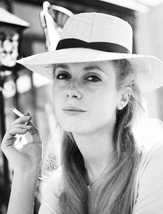 Catherine Deneuve (born October is a French actress. She gained recognition for her portrayal of aloof, mysterious beauties for various directors, including Luis Buñuel and Roman Polanski. Charlotte Rampling, Twiggy, Alexa Chung, Beautiful People, Beautiful Women, Girl Smoking, Women Smoking, French Actress, Before Us