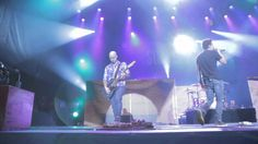Simple Plan - This Song Saved My Life (LIVE in Quebec) - YouTube