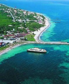 #SabíasQue #PuertoMorelos es el principal puerto de carga en #QuintanaRoo! @CaribeMexico @sedetur