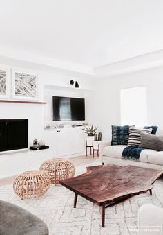 Find out why modern living room design is the way to go! A living room design to make any living room decor ideas be the brightest of them all. My Living Room, Home And Living, Living Room Decor, Modern Living, Minimalist Living, Modern Minimalist, Natural Living, Simple Living, Living Area