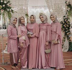 Pinky dress inspiration from and her beautiful friends Dress Brukat, Hijab Dress Party, Hijab Style Dress, Kebaya Dress, Dress Pesta, Muslim Wedding Dresses, Hijab Gown, Bridal Dresses, Bridesmaid Dresses