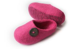 Hand Felted Slippers for Everyone . Hot Pink with Lackey от DMpics