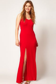 Plus-size red dresses that'll have your sweetheart floored!