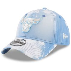 7127fd08c8f Men s Milwaukee Bucks Mitchell   Ness White Cropped XL Logo Snapback  Adjustable Hat