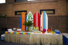 Alicia Aldrich...  I think we can make this for Beau's party! luau - surfboards.