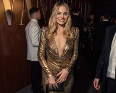 Margot Robbie at the 2016 Vanity Fair Oscar party