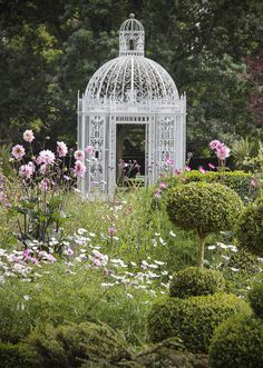 The Gazebo - Chenies Manor garden, England. Manor Garden, Dream Garden, Garden Gazebo, Garden Landscaping, Garden Structures, Outdoor Structures, Gazebos, Arbors, Pergola