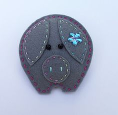 Percy felt brooch
