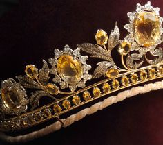 Queen of Sheba Tiara (detail), United Kingdom (21st. c.; colored diamonds, white diamonds, white gold, yellow gold).