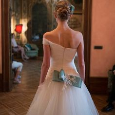 Dettagli verde pistacchio inconfondibili per #StellaTayler #CMCreazioni #sposa #abitosposa #abitodasposa #MadeinItaly #bride #bridal #matrimonio #wedding #marriage #white #whitedress #instawedding #weddingfashion #fashion #weddingdress #instabride #style #fashion