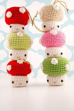 teeny crochet Christmas mushrooms: by sugarelf on Flickr
