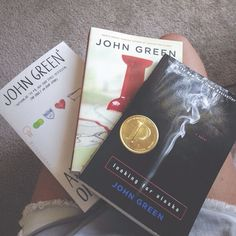 turns out I've been watching John Green's brothers videos my entire high school carreer and I didn't even know who John was haha. Good old Hank Green teaching me about everything science. Thank god for Hank I Love Books, Good Books, Books To Read, My Books, John Green Books, Paper Towns, The Infernal Devices, The Fault In Our Stars, My Escape