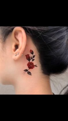 Each one is very beautiful rose tattoos. Kick tattoo team specially compiled rose tattoos with love for you ♥ Rose Tattoos For Girls, Tiny Tattoos For Women, Beautiful Tattoos For Women, Tattoos For Guys, Red Rose Tattoos, Tattoos With Roses, Beautiful Beautiful, Mini Tattoos, Body Art Tattoos