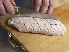 Roast duck breast properly – how it works Roasted Duck Breast, Roast Duck, Good Food, Yummy Food, Cooking Recipes, Healthy Recipes, Xmas Food, Roasted Chicken, Roasted Cauliflower