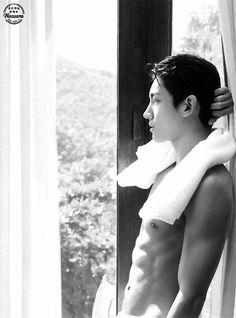 Y&C=TVXQ Asian Men Long Hair, Sexy Asian Men, Tvxq Changmin, Jung Yunho, Hero Jaejoong, Ji Chang Wook Smile, Ji Chang Wook Photoshoot, Hot Korean Guys, Chang Min