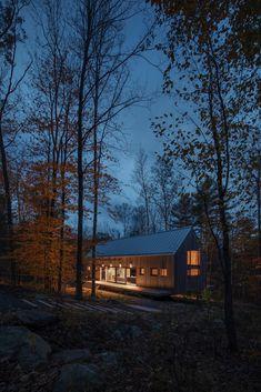 New York architects Todd Rouhe and Maria Ibañez de Sendadiano have designed a holiday home in the Catskills filled with designs from Hay and Vipp. Passive House Design, Wood House Design, Mechanical Room, Exterior Tiles, Structural Insulated Panels, Black Fireplace, House In The Woods, House Tours, Architecture Design