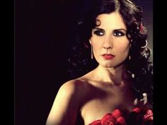 ▶ Diana Navarro - 24 Rosas - YouTube