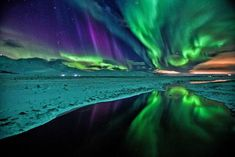 Skin like black ice under the Northern Lights Nature's finest artwork - Aurora Borealis Aurora Borealis, Beautiful Sky, Beautiful World, Land Art, Northen Lights, Photos Voyages, To Infinity And Beyond, Science And Nature, Oeuvre D'art
