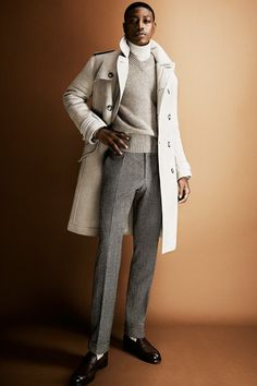 Tom Ford Fall 2013 Menswear Fashion Show Tom Ford Private Blend, Duffle Coat, Pleated Pants, Mens Fashion Suits, Modern Man, Men's Collection, Winter Wardrobe, Fashion Show, Men's Fashion