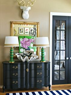This entryway is filled with thrift store and Craiglist finds. #vintage #decor