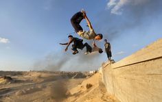 Palestinian youth defy gravity with parkour in Gaza Strip