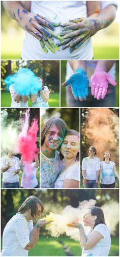 Life is messy... if it weren't it wouldn't be colorful <3 #coloredpowder #pregnancyannouncement #maternity - (c) Silvie Bonne Fotografie - www.silviebonne.be