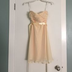 Beautiful yellow chiffon dress Lovely light yellow chiffon dress. Perfect for any summer special occasion! Excellent condition, worn once. Can be worn strapless or with spaghetti straps. Dresses Strapless