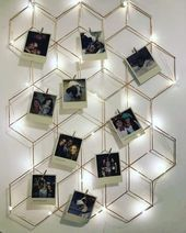 A beautiful Vintage mural to make your decor even more charming! Polaroid Display, Polaroid Wall, Polaroid Pictures Display, Diy Wall Decor For Bedroom, Cute Room Decor, Home Decor, Aesthetic Room Decor, Diy Home Crafts, Home And Deco