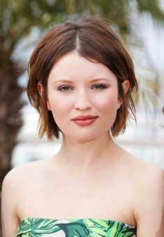 Emily Browning hairstyle
