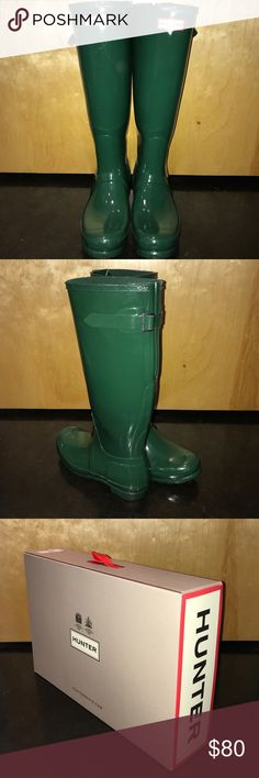 """Hunter boots Original back adjustable Glossy """"Hunter Green"""" color. Gently used! Comes with original 📦 box Size: UK6-US8-EU39  I'm a solid US 8.5 and they fit extremely comfortably. So, I imagine these would work with a true 8. Hunter Shoes Winter & Rain Boots"""