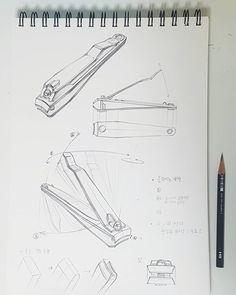 손톱깎이🤯 - - - #수진T #수진🖌 #수진쌤 #제시물 #연습 #기초디자인 #입시미술 #입시그림 #기초디자인기초 #미술기초 #입시기초 #그림기초 #미대입시 #미술입시 #미술 #그림 #개체묘사 #인공물 #스케치 #드로잉 #손톱깎이 #형태 #형태연습… Interior Design Sketches, Industrial Design Sketch, Sketch Design, Basic Sketching, Technical Drawing, Book Cover Design, Book Design, Isometric Sketch, Orthographic Drawing