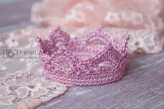 Pink Crochet crown Photo Prop Newborn Photography Prop Baby Princess Prince by KanopaPatterns on Etsy Newborn Crochet, Crochet Baby, Crotchet, Newborn Photography Props, Newborn Photo Props, Crown Photos, Crochet Crown, Girls Crown, Baby Princess