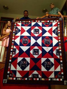 New England Patriots Lap Quilts, Quilt Blocks, Quilting Projects, Quilting Designs, Tractor Quilt, Football Quilt, Harry Potter Quilt, Sports Quilts, Geometric Quilt