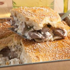 Cretan Pie with meat and Cretan cheese! Greek Recipes, Sandwiches, Traditional, Healthy, Food, Tarts, Journey, Cheese, Meat