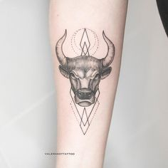 "1,477 Likes, 16 Comments - ТАТУ МАСТЕР, ЭСКИЗ, TATTOO (@valerakottattoo) on Instagram: ""Taurus and a little bit of lines&circles / Телец и немного линий, кругов"""