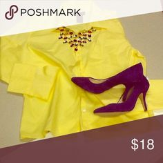 Great little pop of color💛💜 Love this blouse such a great pop of color for summer💛💜 The Limited Tops Blouses
