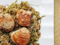 Seared Scallops with Pancetta and Brussels Sprouts | 103 Essential Low-Carb Recipes For Breakfast, Lunch, And Dinner